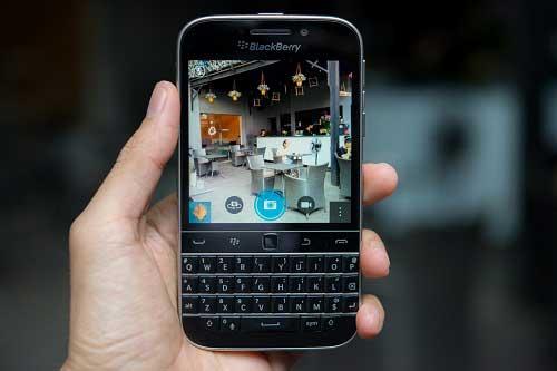 anh thuc te blackberry classic tai viet nam, gia 10,5 trieu dong - 14