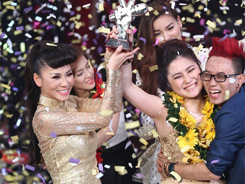 "nhung vu ""to"" nhau on ao showbiz viet 2014 - 2"