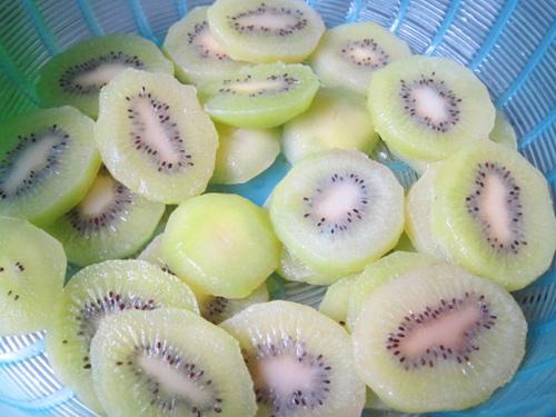 Mứt kiwi chua chua, ngòn ngọt đón Tết-5