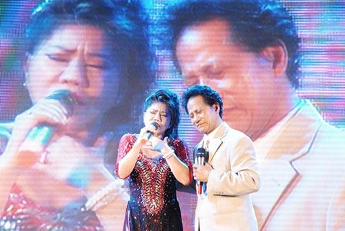 che linh quy tren san khau ky tang fan o tien giang - 8