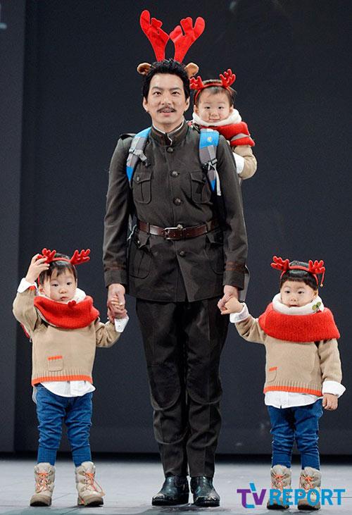 sao truyen thuyet jumong khoe cap sinh ba dang yeu - 1