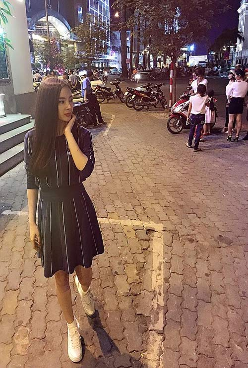 doan trang hanh phuc voi noel dau tien o nha chong - 9