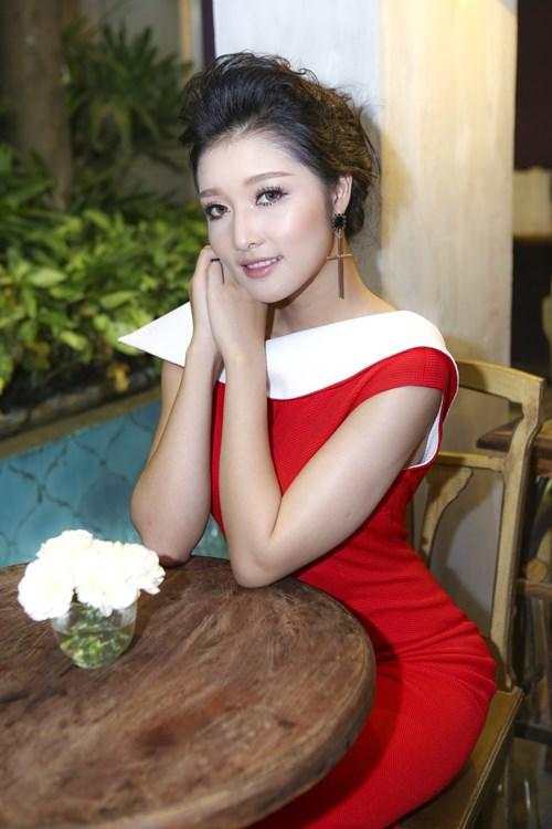 """hh trieu thi ha goi cam hau scandal 'tra vuong mien"""" - 10"""