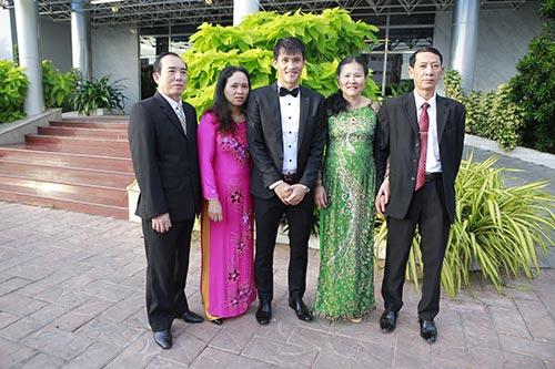 thuy tien - cong vinh hanh phuc trao nhan cuoi - 48