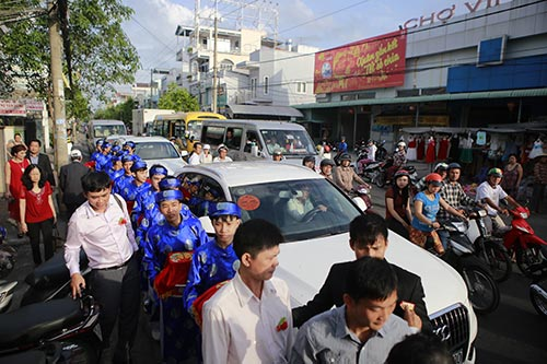 thuy tien - cong vinh hanh phuc trao nhan cuoi - 43