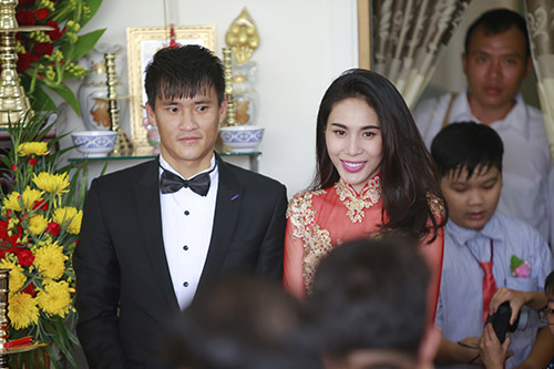 thuy tien - cong vinh hanh phuc trao nhan cuoi - 40