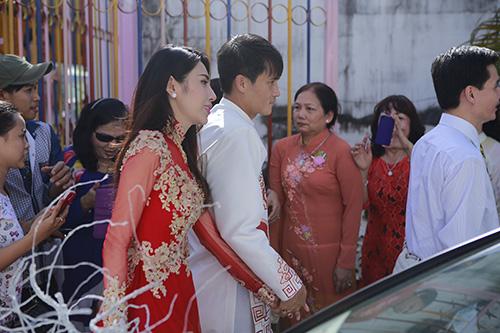 thuy tien - cong vinh hanh phuc trao nhan cuoi - 24