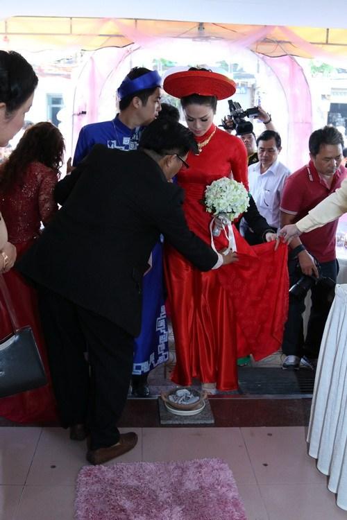 nha sao viet noi bat trong nhung dam cuoi cua nam 2014 - 5