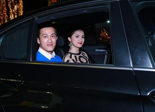 huong giang idol ngai ngung khi duoc ban trai viet kieu hon - 1