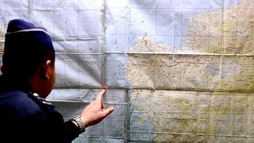 may bay qz8501 gap nhieu dieu khong may man - 1