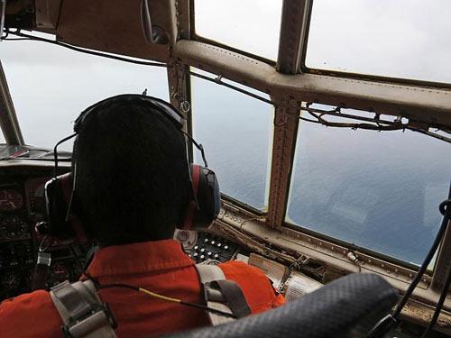 may bay qz8501 gap nhieu dieu khong may man - 4