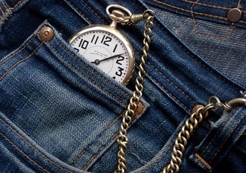 cach giat va bao quan do jeans luon moi - 1