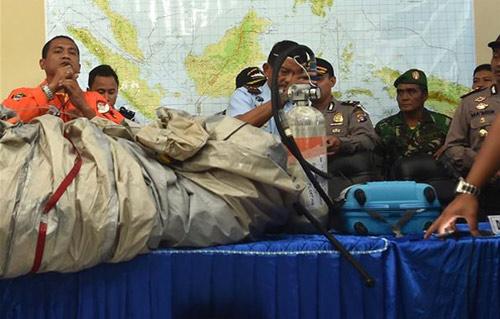 indonesia dinh chinh moi vot duoc 3 thi the nan nhan qz8501 - 5