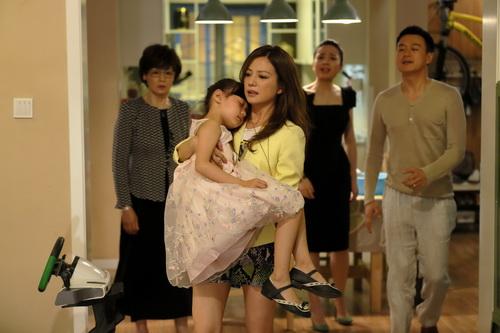 "trieu vy gay sot vi cach day con ""khong giong ai"" - 8"