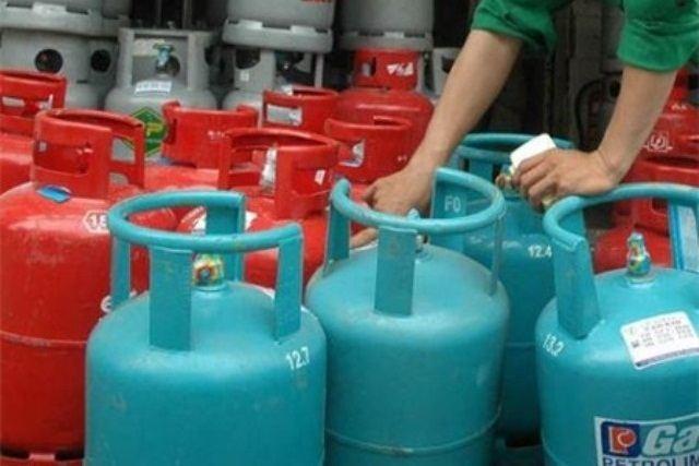 gas tang gia tro lai sau 4 thang lien tuc giam - 1