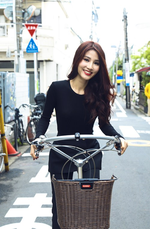angela phuong trinh sang chanh doi lap diem my 9x - 9