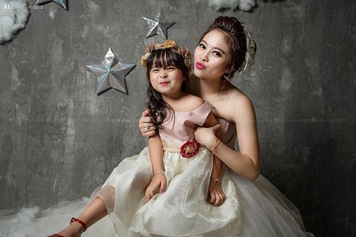 single mom ha thanh xinh dep lan thu 2 mac vay cuoi vi con - 6