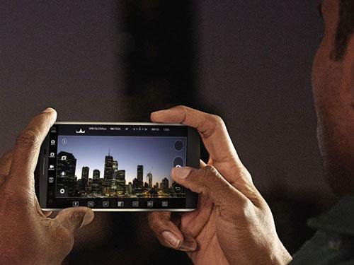 LG chính thức giới thiệu smartphone 2 màn hình V10-7