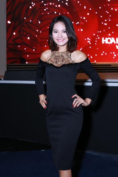 mai phuong thuy do sac huong giang tren ghe giam khao - 3