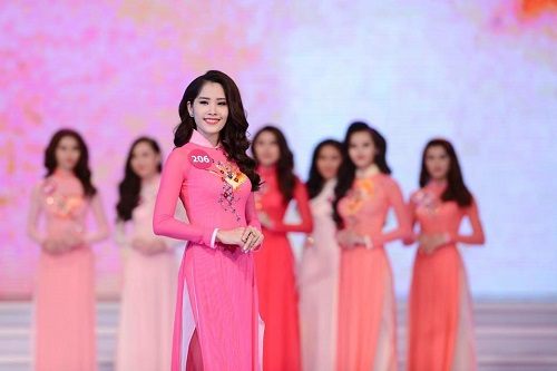 scandal bua vay, pham huong van dang quang hhhvvn 2015 - 10