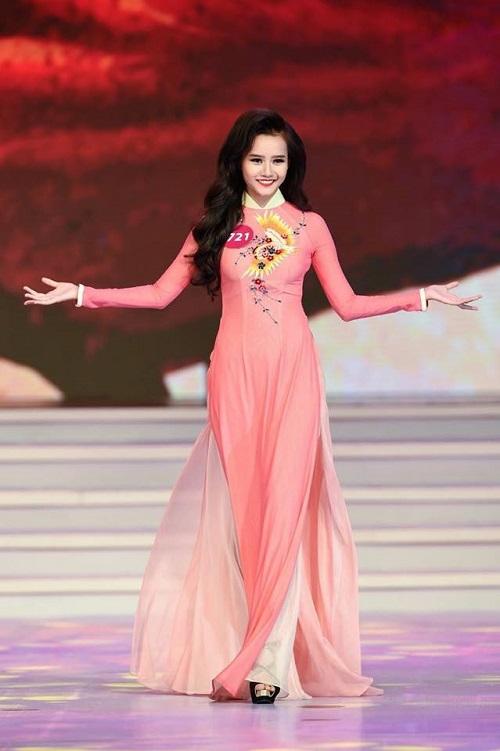 scandal bua vay, pham huong van dang quang hhhvvn 2015 - 11