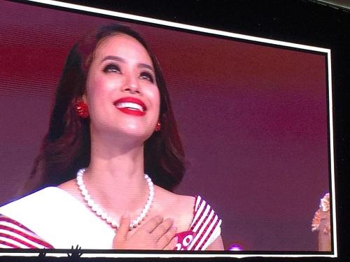 scandal bua vay, pham huong van dang quang hhhvvn 2015 - 1