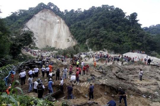 Lở đất ở Guatemala, 600 người mất tích-1