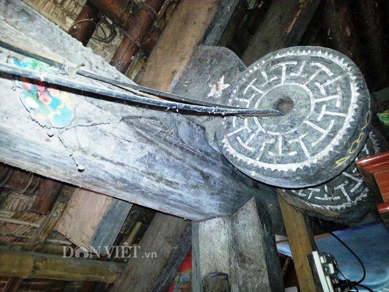 Chiêm ngưỡng ngôi nhà sàn cổ bằng gỗ quý hiếm ở xứ Thanh-8
