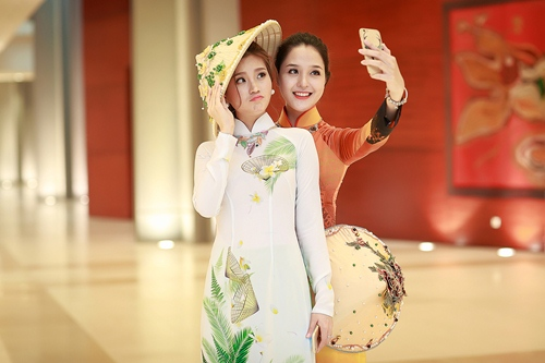 Á hậu Diễm Trang khoe đường cong gợi cảm tại Hà Nội-11