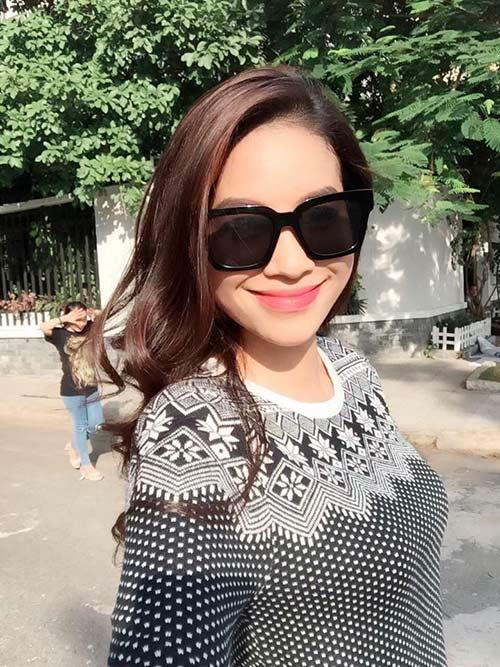 Hoa hậu Phạm Hương đẹp ngọt ngào giữa đời thường-1