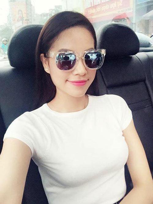 Hoa hậu Phạm Hương đẹp ngọt ngào giữa đời thường-5