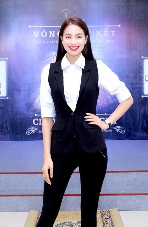 Hoa hậu Phạm Hương đẹp ngọt ngào giữa đời thường-11
