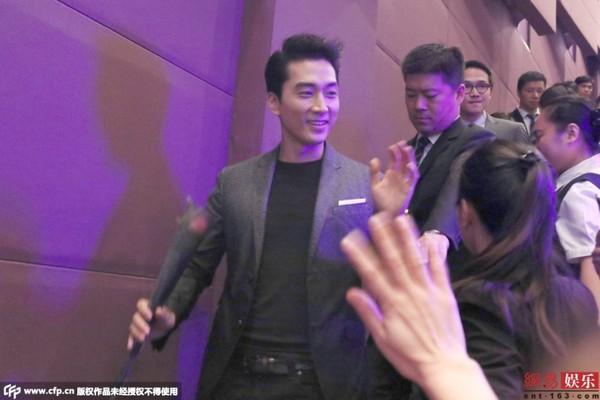 fan nu chan duong tang hoa hong song seung hun - 3