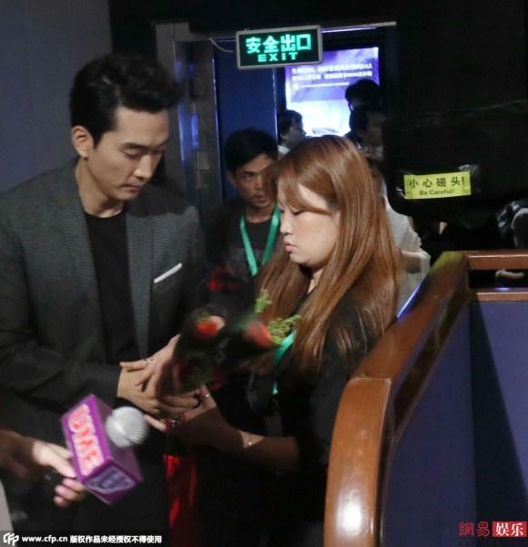 fan nu chan duong tang hoa hong song seung hun - 6