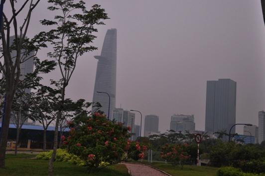 """Chìm trong sương mù, Sài Gòn thành """"Đà Lạt thứ hai""""-3"""