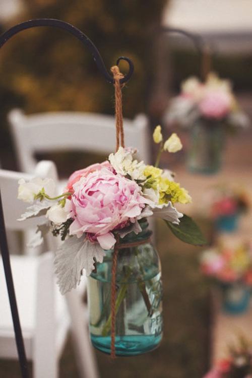 Tự làm bình cắm hoa cho phòng khách thêm xinh-17