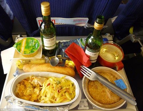 Bữa ăn của hãng hàng không nào ngon nhất Thế giới?-11