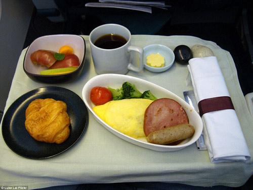 Bữa ăn của hãng hàng không nào ngon nhất Thế giới?-9