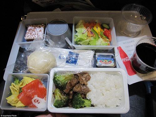 Bữa ăn của hãng hàng không nào ngon nhất Thế giới?-14