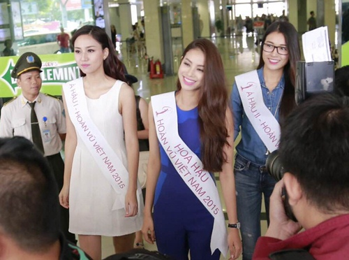 HH Phạm Hương gây tắc nghẽn sân bay Tân Sơn Nhất-4