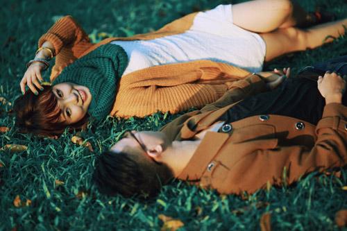 """Bộ ảnh cưới """"nắng vàng trên cỏ xanh"""" cặp đôi Hà Thành-10"""
