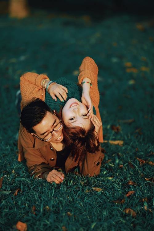 """Bộ ảnh cưới """"nắng vàng trên cỏ xanh"""" cặp đôi Hà Thành-14"""