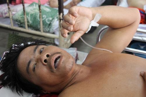 Sập giàn giáo, một nạn nhân bị vỡ xương chậu-3