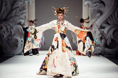 """Hồi hộp chờ đợi """"bà hoàng"""" áo cưới 80 tuổi Nhật Bản-1"""