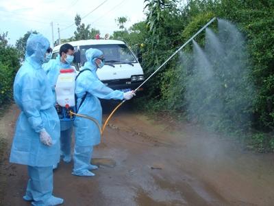 HN: Dân không hợp tác phòng sốt xuất huyết sẽ bị phạt-1