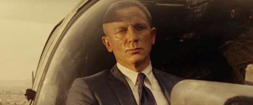 nhac phim spectre 007 lap ky luc doanh so - 4