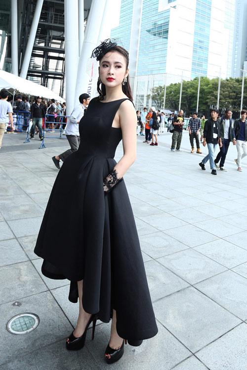 """Những chiếc đầm đen đẹp """"muốn xỉu"""" của mỹ nhân Việt-1"""