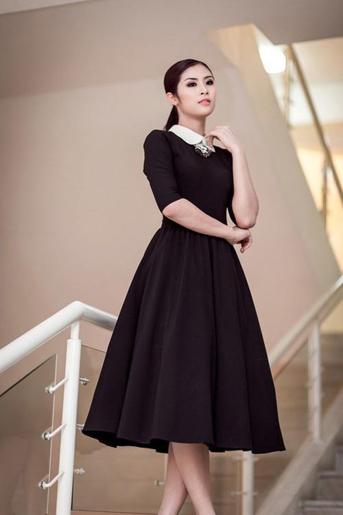 """Những chiếc đầm đen đẹp """"muốn xỉu"""" của mỹ nhân Việt-6"""
