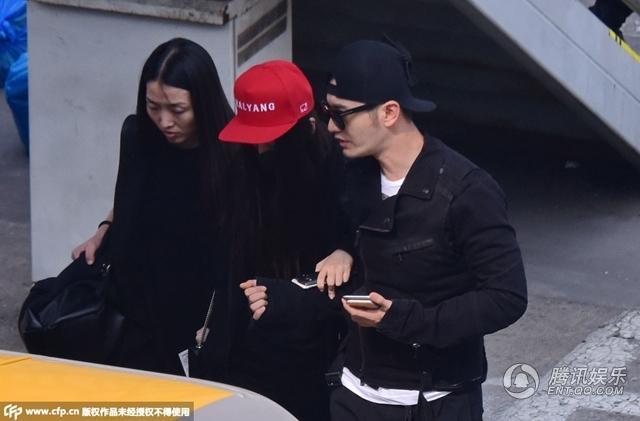 Huỳnh Hiểu Minh đặt vương miện tặng Angela Baby - 5
