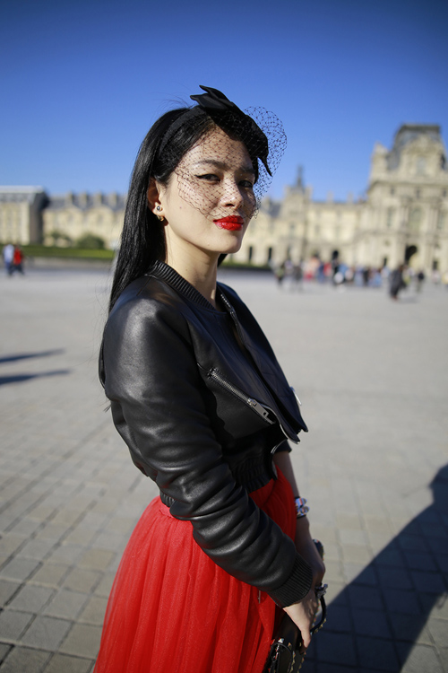 street style viet ron rang paris fashion week xuan he 2016 - 2